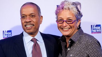 Sharon Mobley Bio Ethnicity Wedding Nationality Dating Net Worth Sharon is a nurse famous for being married to jim acosta, a chief white house correspondent for cnn. relationship db